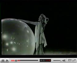 Sally Rand's bubble dance (1937)